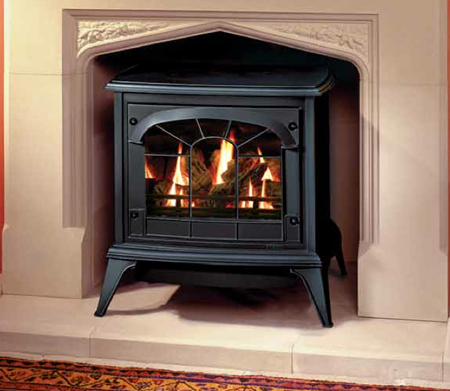Medium-Gas-Clarendon-in-Matt-Black-with-tracery-door